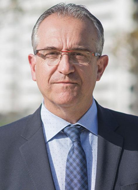 Enrique Maya